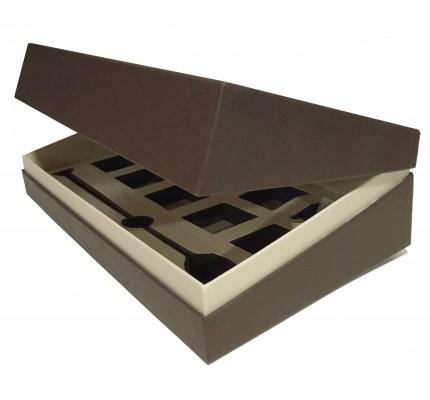Caja forrada marrón